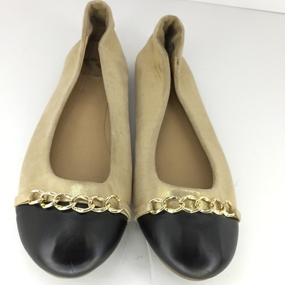 Report Shoes - Cream and gold Flats